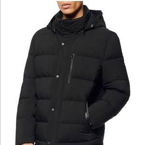 Tanks down Andrew Marc puffer jacket